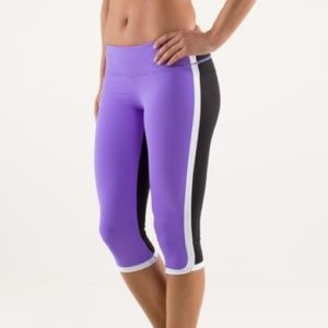 Lululemon Ignite Crop in Power Purple, Size 4